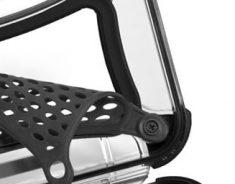 nano-feature-protective-web